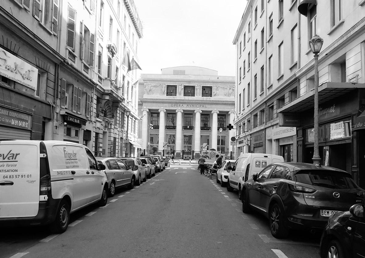 Rue Beauvau - Avant